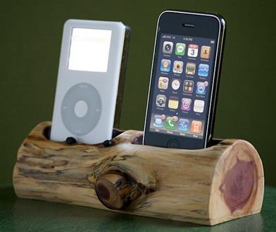 Зарядка мобильных телефонов от дерева