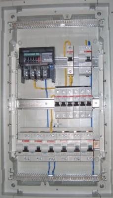 Электромонтаж устройства защитного отключения в силовой щит