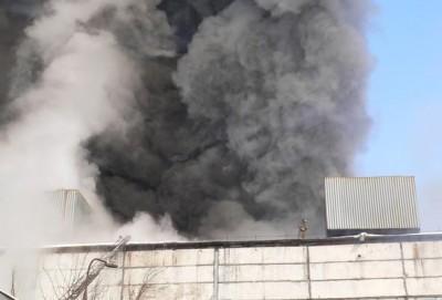 Пожар второго цеха завода