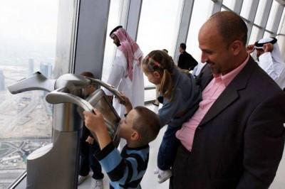 Смотровая площадка на небоскребе «Бурдж Халифа»