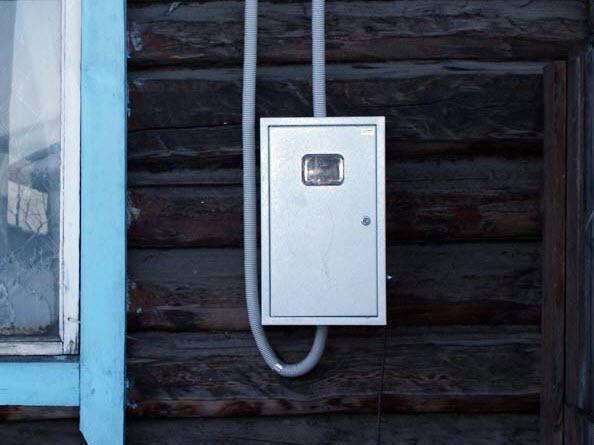 Установка электросчетчика в частном доме своими руками