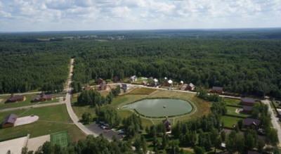 Коттеджные поселки в окружении леса