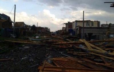 Разрушения после торнадо