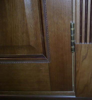Дверь фанерована шпоном дуба