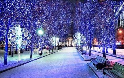световые украшения для деревьев