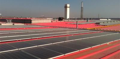компания CUMMINS, на крыше завода которой в Китае установлена солнечная батарея